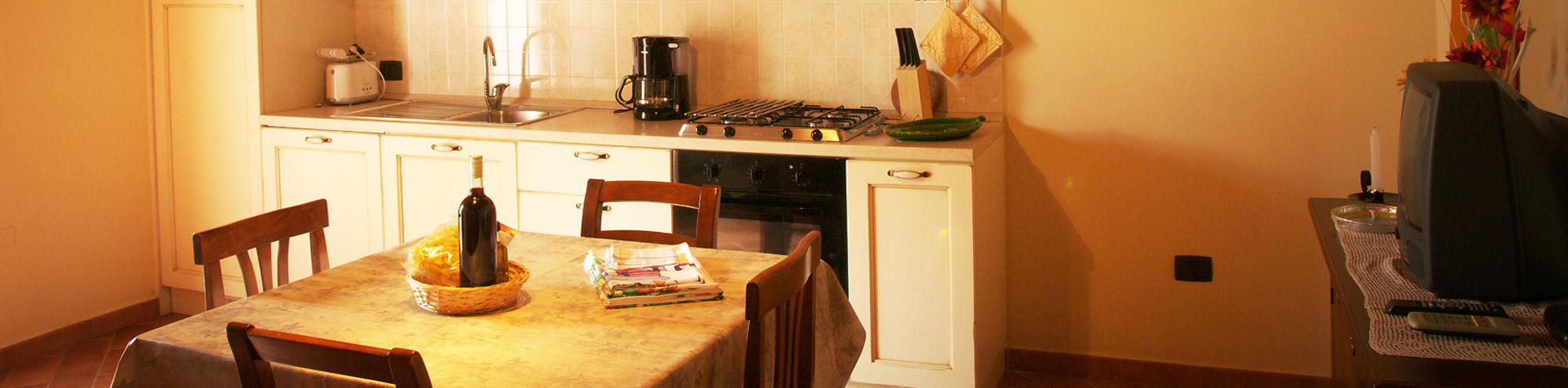 Special offers and last minute farmhouse Santa Luce in Tuscany ...